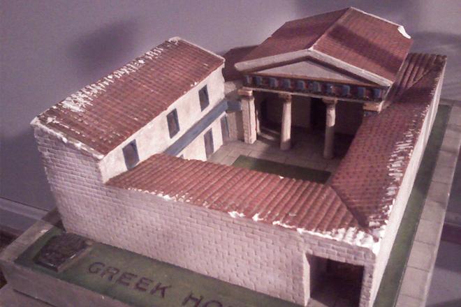 Reconstrucción-de-una-antigua-casa-griega